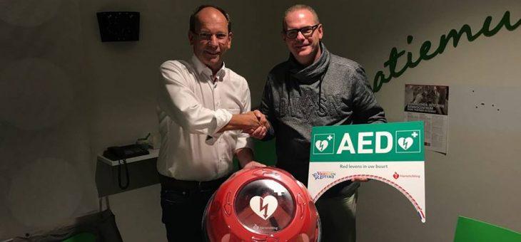 Overdracht beheer en onderhoud gemeente AED's aan Stichting Hartveilig Etten-Leur nu officieel.