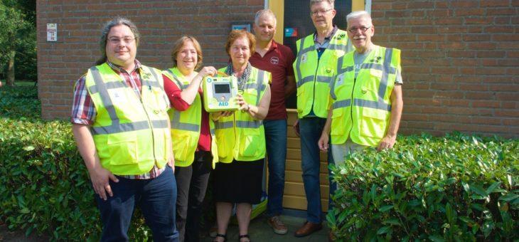 Buurtpreventieteam wijk De Grient start geldinzamelingsactie voor AED-apparaat