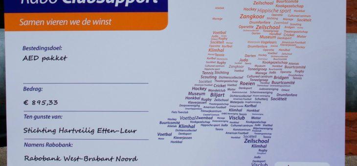 Rabo ClubSupport levert €895,33 voor hartveilig op